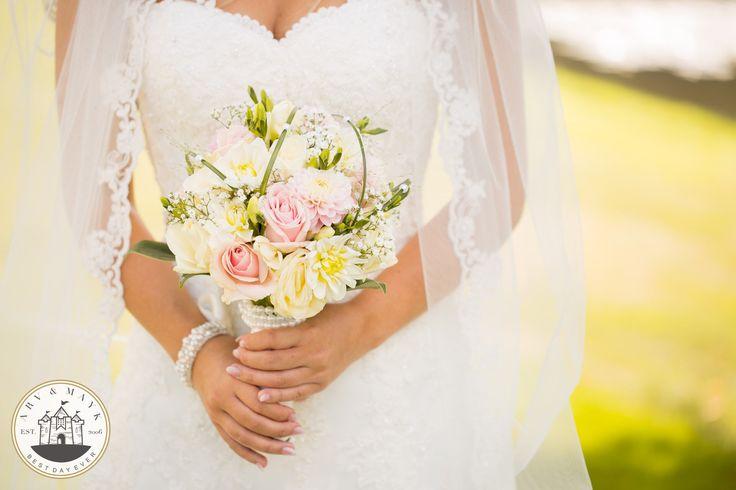 Flowers, summer wedding , sluier , Arv&mayk , bloemen , sweetheart , weddings