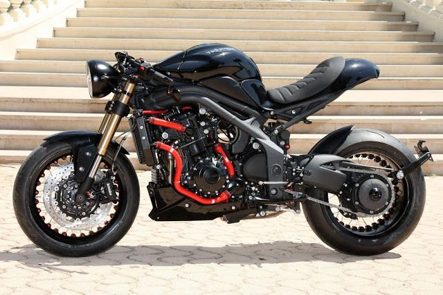 Speed Triple SCR
