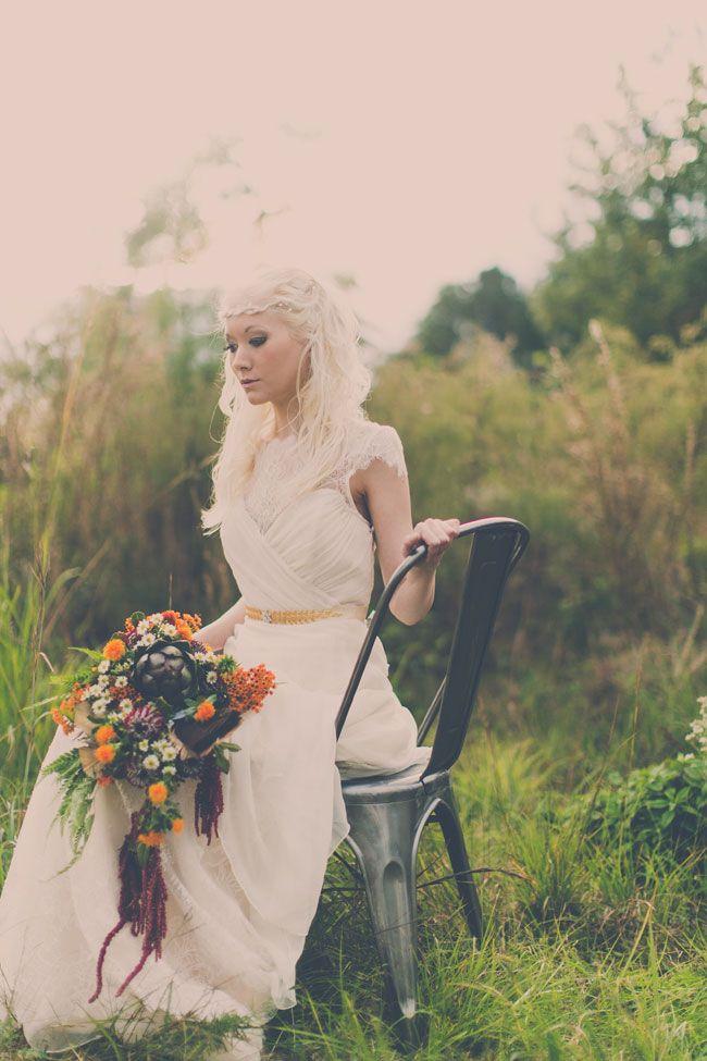 Ätherische Braut Exotische Bohemian Chic Hochzeit in einer privaten Prärie-Umgebung   Ph …   – Bloggers' Best Wedding Inspiration