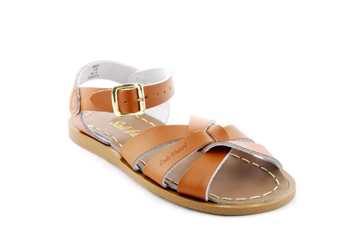 Win a pair of Salt Water sandals - my fav are the tan & navy colour ones!