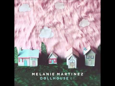 ▶ Melanie Martinez - Carousel (Audio) - YouTube