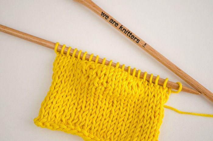 We Are Knitters vous apprend la techniques des rangs raccourcis. Pratique pour donner forme aux vêtements tricotés, en forme triangulaire ou en coin