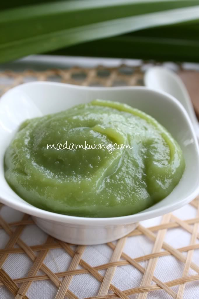 Kaya (pandan flavored coconut egg jam) tempted to try the recipe since I can't get this here!!