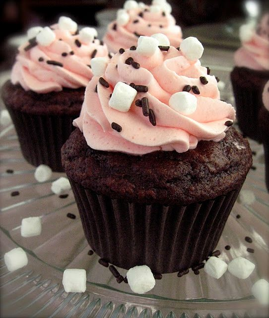 "Raspberry Hot Chocolate Cupcakes... those mini marshmallows are just the ""icing on the cake""! LOL"