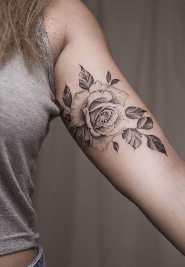 Flower Tattoo Tätowierungen Rosen Tattoo Frau Und Rosen