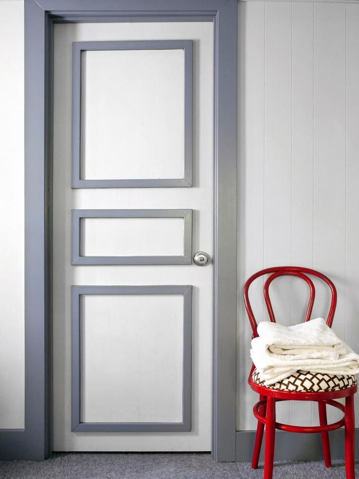 Most people consider their interior doors and trim off-limits when it comes to painting. Designer Brian Patrick Flynn relieves this door of its drab white trim by adding a coat of silver gray paint. For a touch of interest, he adds trim detail to the front of the door and paints it silver gray, too. The modern update is a refreshing addition to the hallway and a welcoming invitation into each room.