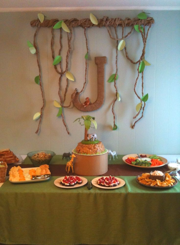 Best 25 safari table decorations ideas on pinterest for Baby shower safari decoration