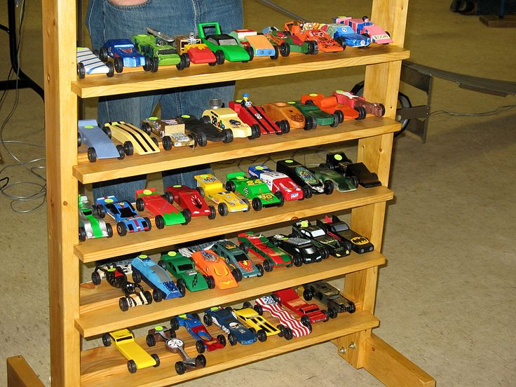 pinewood derby cars display i need one of these because the cars are piling up