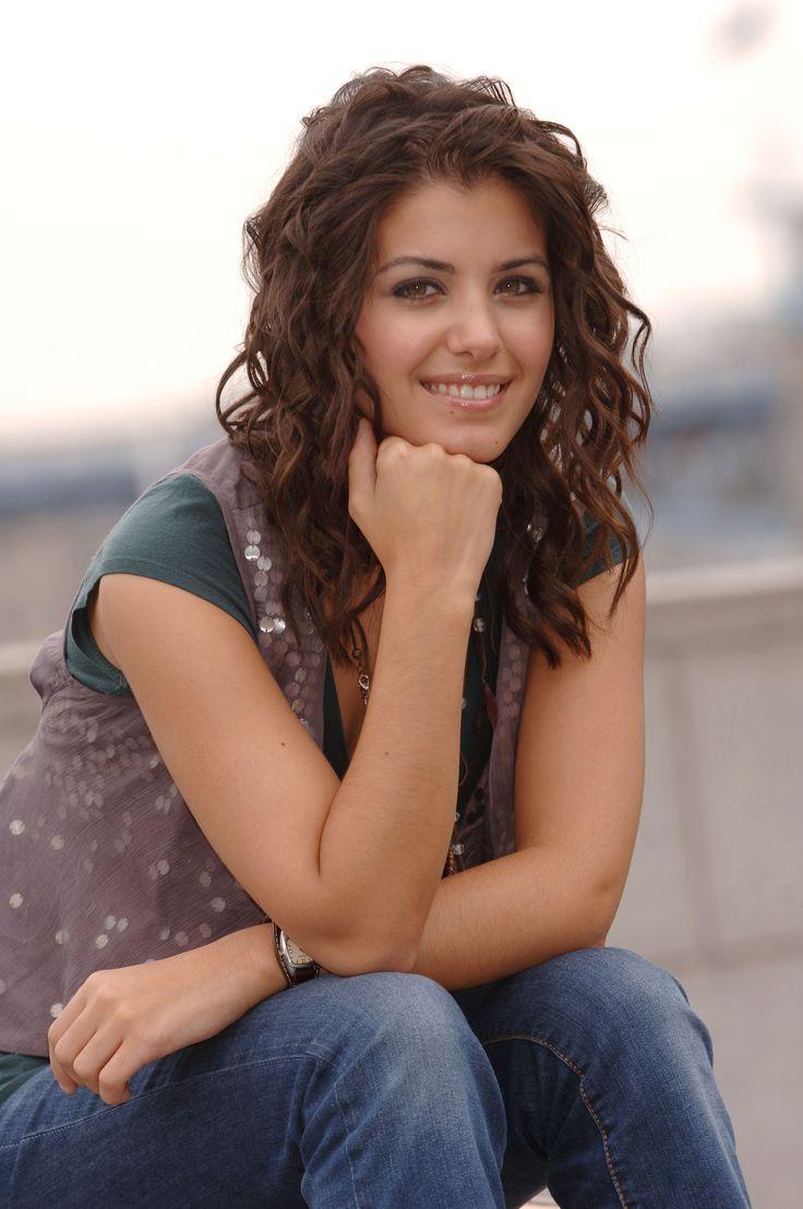 1223...Katie Melua 7.8 Info: http://en.wikipedia.org/wiki ...