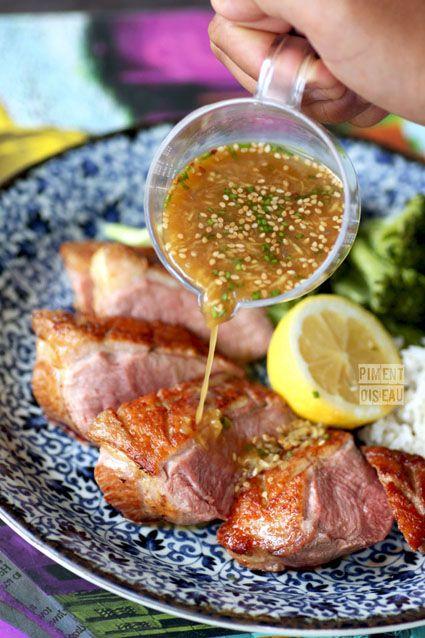Magret grillé, sauce gingembre-wasabi sur Piment oiseau