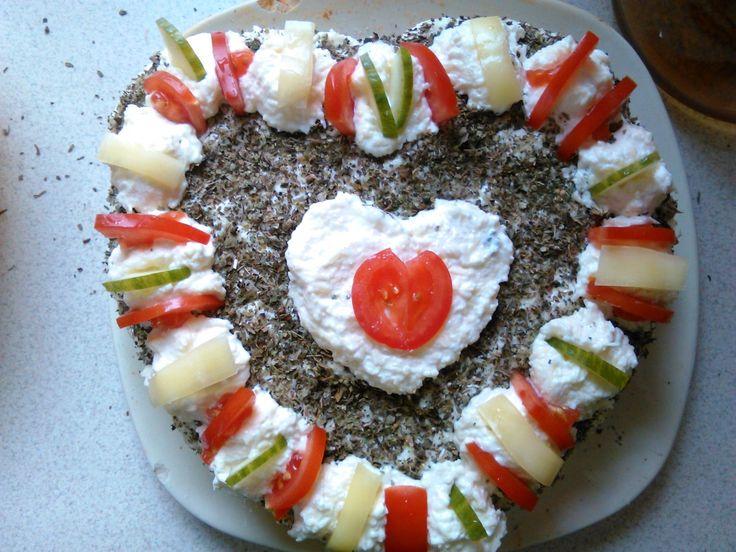 Sajtkrémes vagdalthús-torta