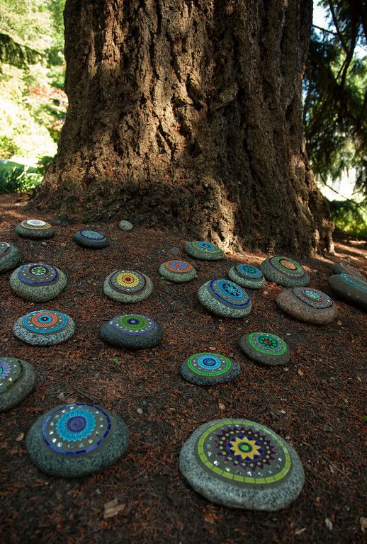 I love this!!!!!  Photo by Julie Sotomura - Rock Art