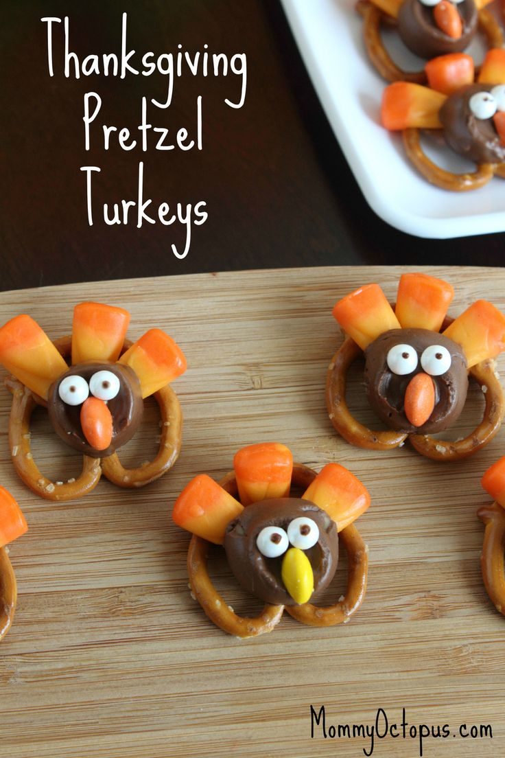 Thanksgiving Pretzel Turkeys | TheBestDessertRecipes.com
