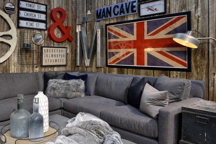 Design space shown at the 2014 International Home Show in Toronto, ON. #design #GlenandJamie #furniture #homeshow #sofa #art