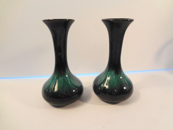 2 Blue Mountain Pottery Ceramic Bud Vases Retro Vintage Mid Century Canada by TresTresInteressant on Etsy