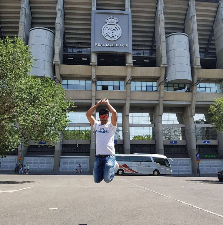 A dream came true .. One of the Best Day !! .. I am Home Real Madrid C.F. 😀 .. #LifeGoals  .. #Traveller #Madrid #HalaMadrid #RealMadrid #Spain #Eurotrip #Summer2017