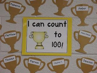 Trophée pour les enfants qui savent compter jusqu'à 100.