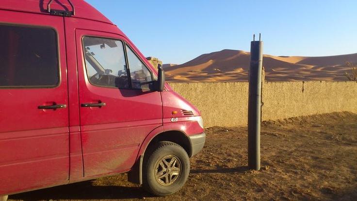 Sprinter 316 CDI 4x4 in the desert (http://wohnmolbi.jimdo.com/).