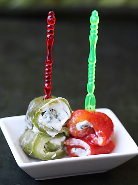 Рулетики из запечёных перцев с крем-чизом и зеленью