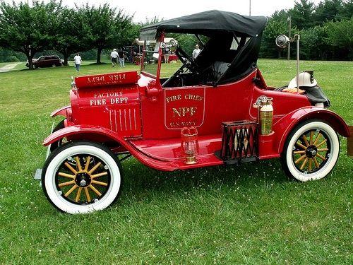 camiones de bomberos, camiones viejos vintage, camiones antiguos, EE.UU. Armada jefe de bomberos del coche 1925 Ford ...