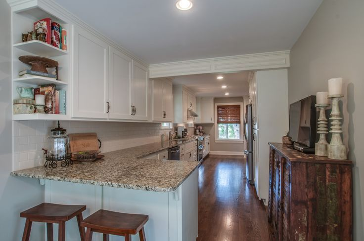 galley kitchen with peninsula 1000 ideas about open galley kitchen on 806
