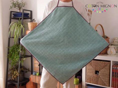 Todos los pasos para realizar una toalla delantal para el bebé
