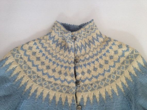 Vintage Norwegian Sweater / Very Feminine Icy Blue, Cream, Whisper Gray Fair Isle Nordic Pattern / William Schmidt Co. Oslo / Medium
