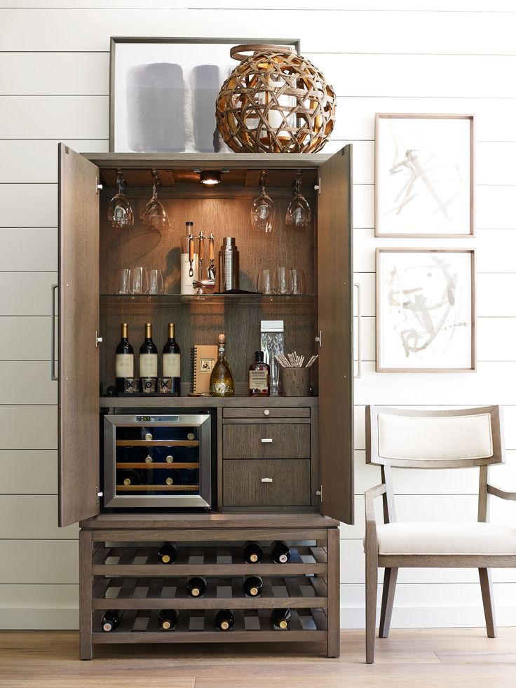 From The Highline Collection In Rachael Ray Home Line Select Items At Gavigans Furniture