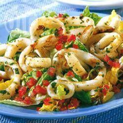 Anéis de lula grelhados com vinagrete de tomate @ allrecipes.com.br