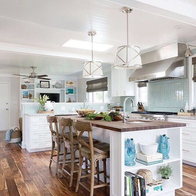Dunn Edwards Whisper 340 On Cabinets, Talk About A Transformation! This  Manhattan Beach Home