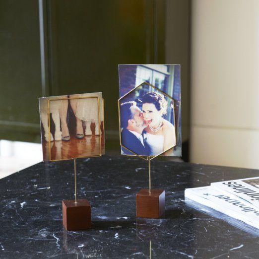 Amazon.co.jp: umbra HOOPLA WIRE PEDESTAL(フープラ ワイヤペデスタル) SQUARE(スクエア) ブラス/ウォルナット 2315019-578: ホーム&キッチン