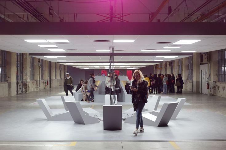 """Conçue par les auteurs de SF Alain Damasio et Nobert Merjagnan, l'expo """"Extravaillance"""", présentée à la Biennale du Design, explore les futurs du travail."""