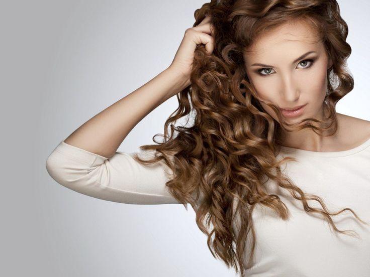 Come fare: capelli ricci o mossi a casa con phon, spazzola, piastre e ferri - http://www.chizzocute.it/capelli-ricci-mossi-casa-phon-spazzola-piastre-ferri/