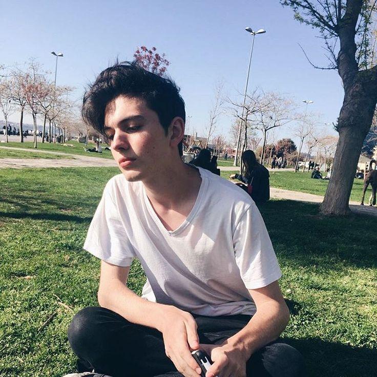 """32.7b Beğenme, 883 Yorum - Instagram'da Yusuf Piliç (@yusufpilic.777): """"kon burnumun ucuna #tb"""""""