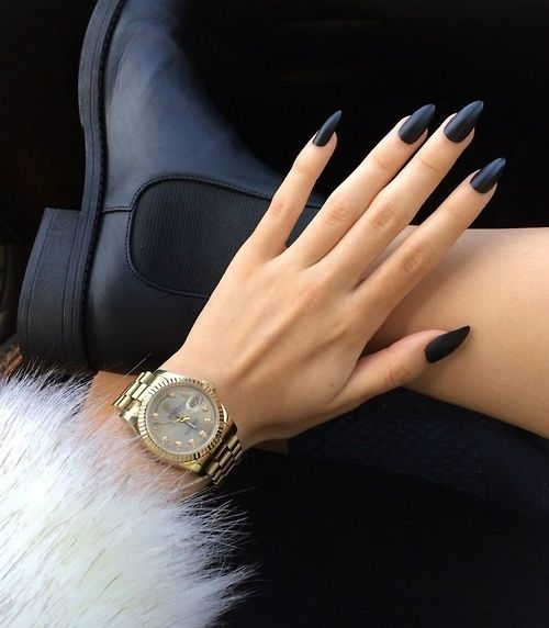 Fashion and the City: Fall Nail Colors // Fantastic lux matte nails // Great style combo