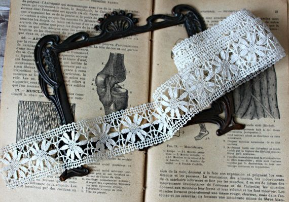 Frans antiek klosje lace 1,69 werven bloemen bruiloft romantische elle Epoque collectie oude borduurwerk handwerk