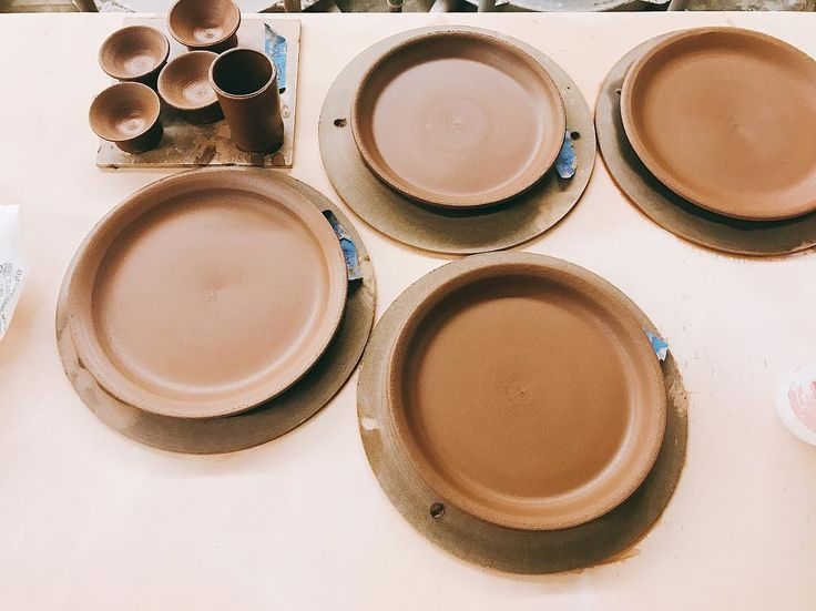 And that makes 30! Finally done throwing plates for this set!