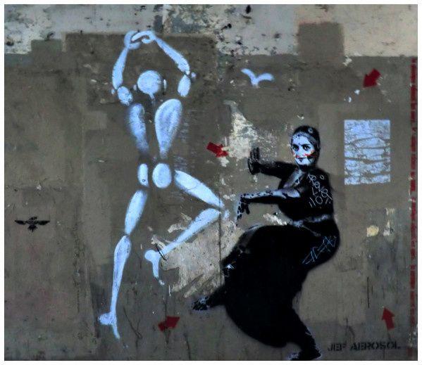 Jef aerosol Jerome mesnager Tag ..danse .... Jef aerosol Témoignage ... Danse sur les murs ... Regard ... Bien à toi ! Travail de Jerome mesnager et Jef aerosol qui sont deux pochoiristes (merci Noelp)