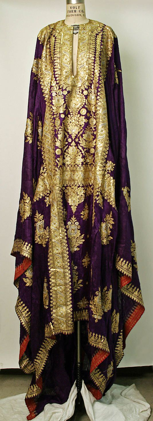 wow. I would never have an occasion worth wearing this too, but, this is just lovely. Saudi Robe, 1962