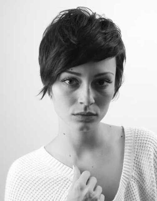 20 Pixie Cuts for Girls | http://www.short-hairstyles.co/20-pixie-cuts-for-girls.html