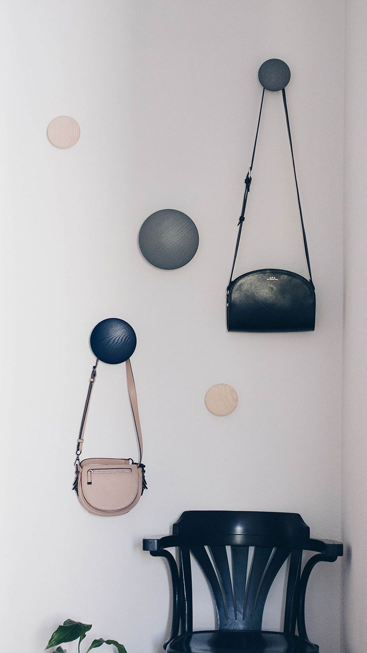 die besten 25 dots muuto ideen auf pinterest kleiderhaken t r t r kleiderb gel und bench taschen. Black Bedroom Furniture Sets. Home Design Ideas