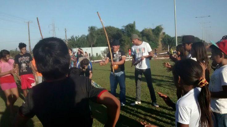 "Esperando a tocha, grupo pede ""fora Temer"" na Reserva Indígena"