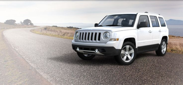Jeep Patriot, bright white- that is one adorable car!