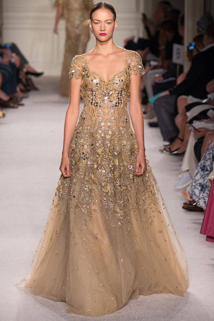 Marchesa Spring 2016 Ready-to-Wear Fashion Show