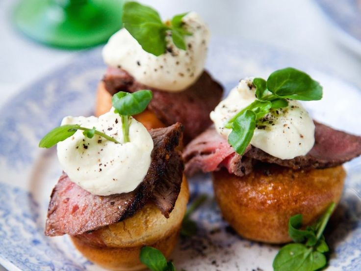 Irisches Roastbeef auf Mini-Yorkshire Puddings