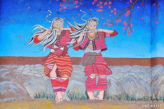DAO-62710 台灣,原住民,原住民圖騰,原住民壁畫,泰雅族,泰雅族文化,台北,新北市,烏來區,烏來風景區,壁畫,圖騰,泰雅族圖騰,原住民藝術,口簧琴,舞蹈,跳舞