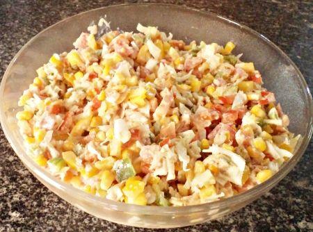 Salada Colorida - Veja mais em: http://www.cybercook.com.br/receita-de-salada-colorida.html?codigo=15803