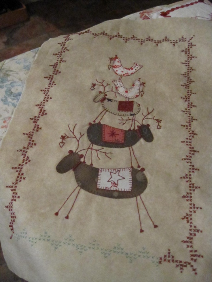 Scandinavian stitching (wallhanging or table runner).