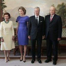OSLO - Koning Filip en koningin Mathilde zijn in Oslo. Het koningspaar is in Noorwegen voor een kennismakingsbezoek aan koning Harald en koningin Sonja. Ook kroonprins Haakon en zijn vrouw kroonprinses Mette-Marit zijn bij het bezoek aanwezig.