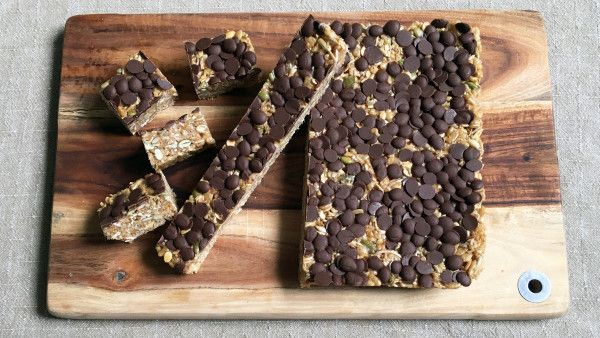 Whether you're catering for allergies, school lunches, or looking for a healthier alternative to store bought muesli bars, this dairy and nut-free slice is definitely worth a try. It's a little bit of indulgence, but mostly loaded with the good stuff like plant-based protein, fibre, vitamins and minerals. What's more, it's super easy to throw together in around 5 minutes.